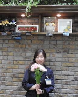 K20190415-selvaflowered-1